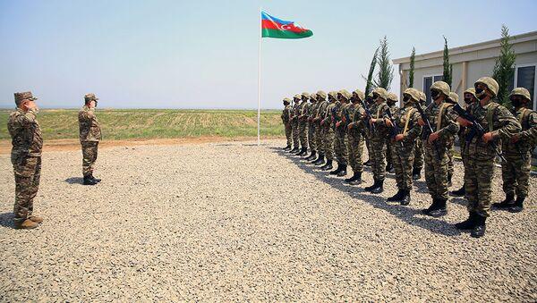 Закир Гасанов принял участие в открытии воинских частей на освобожденных территориях - Sputnik Азербайджан