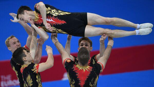Спортсмены сборной России в командных соревнованиях по спортивной аэробике на II Европейских играх в Минске. - Sputnik Азербайджан