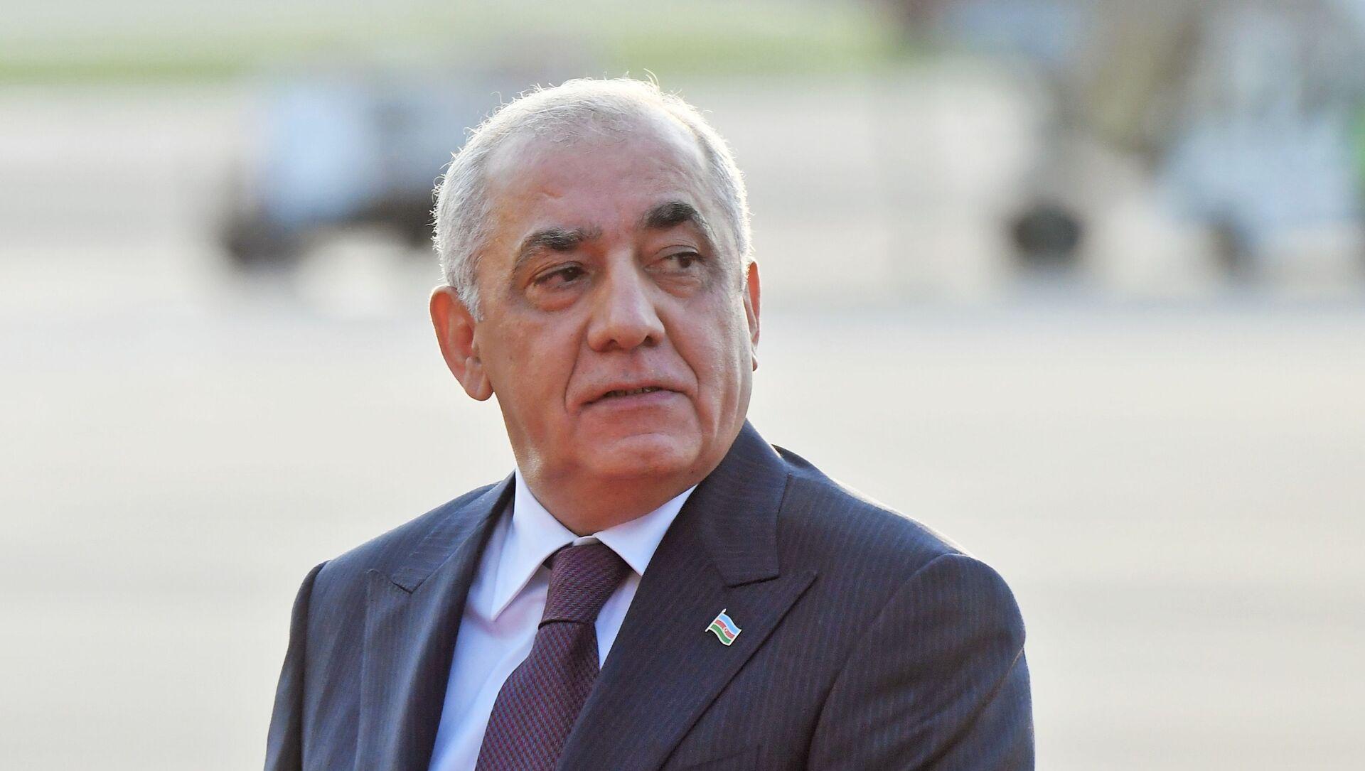 Премьер-министр Азербайджана Али Асадов, прибывший с двухдневным визитом в Москву - Sputnik Azərbaycan, 1920, 30.07.2021