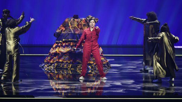 Певица Манижа (Россия) выступает в первом полуфинале конкурса песни Евровидение-2021 в Роттердаме - Sputnik Азербайджан