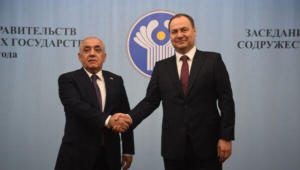 Премьер министры Азербайджана и Белоруссии Али Асадов и Роман Головченко - Sputnik Азербайджан