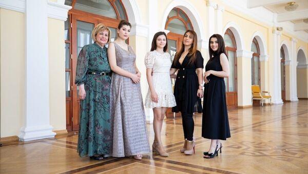 Участницы виртуального концерта «Мой Азербайджан», посвященный Дню Республики - Sputnik Азербайджан