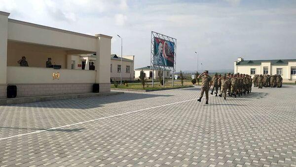 В Азербайджанской Армии прошли мероприятия по случаю Дня Республики - Sputnik Азербайджан