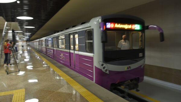 Станция «8 Ноября» Бакинского метрополитена - Sputnik Азербайджан