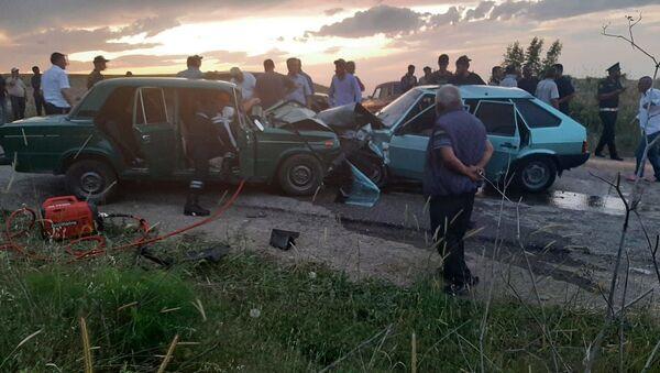 Şabranda yol-nəqliyyat hadisəsi - Sputnik Azərbaycan