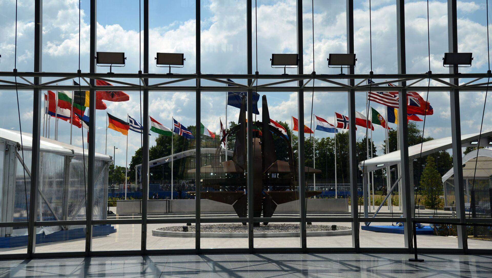 Новая штаб-квартира НАТО в Брюсселе - Sputnik Азербайджан, 1920, 01.06.2021