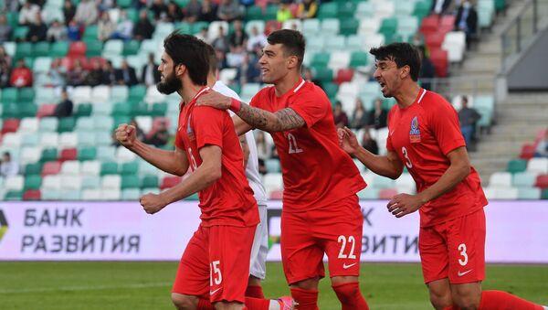 Товарищеский матч по футболу между сборными Азербайджана и Беларуси - Sputnik Азербайджан