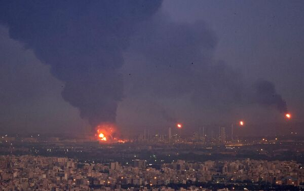 Пожар на НПЗ в Тегеране - Sputnik Азербайджан