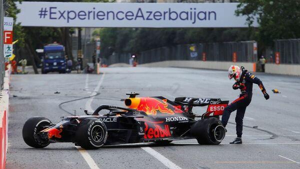 Голландский пилот Red Bull Макс Ферстаппен - Sputnik Азербайджан