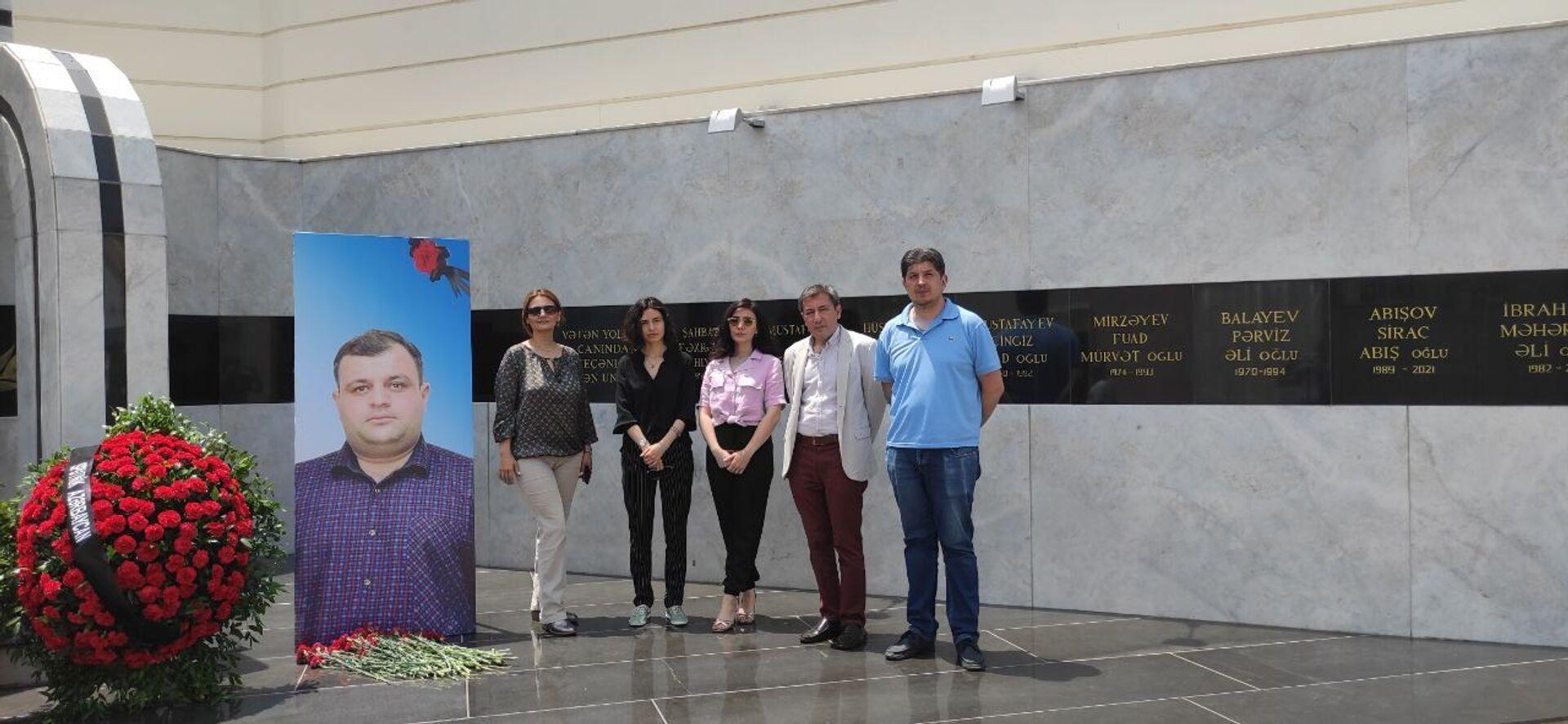 Sputnik Азербайджан почтил память погибших в Кельбаджаре журналистов - Sputnik Азербайджан, 1920, 10.06.2021