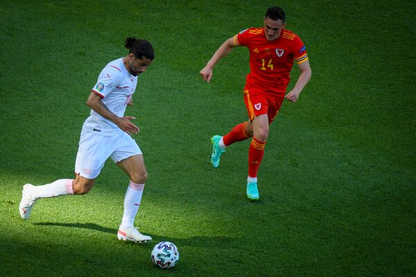 Игровой момент матча ЕВРО-2020 Уэльс - Швейцария - Sputnik Азербайджан