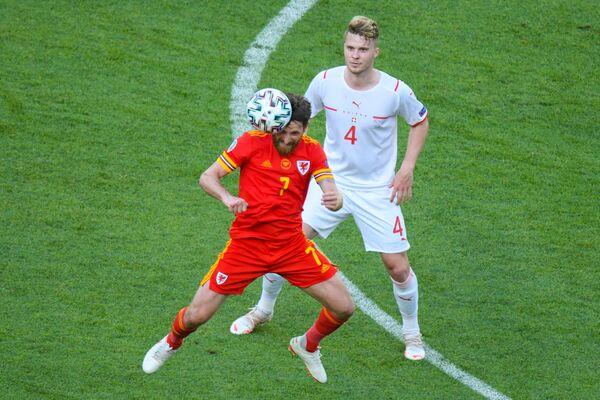 Матч первого тура группового этапа чемпионата Европы по футболу 2020 между сборными Уэльса и Швейцарии на Бакинском олимпийском стадионе - Sputnik Азербайджан