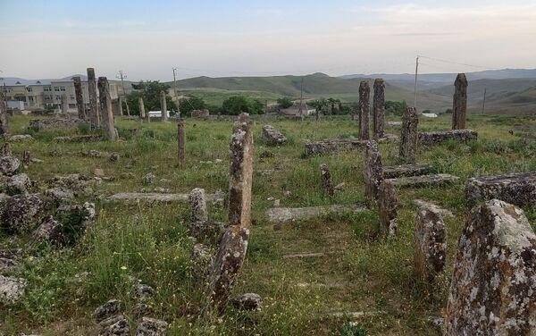 Qobustanda Sündü qəbiristanlığı - Sputnik Azərbaycan