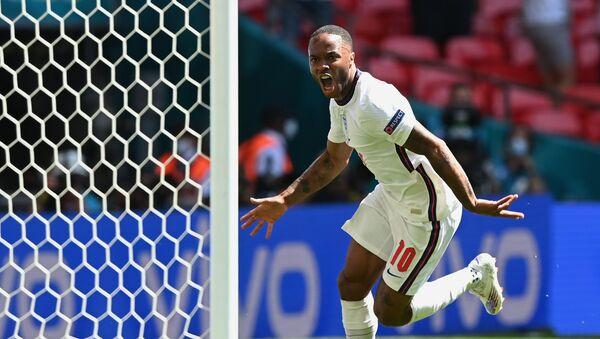 Нападающий сборной Англии Рахим Стерлинг - Sputnik Азербайджан