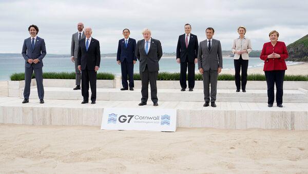 Участники саммита G7 в Великобритании - Sputnik Азербайджан