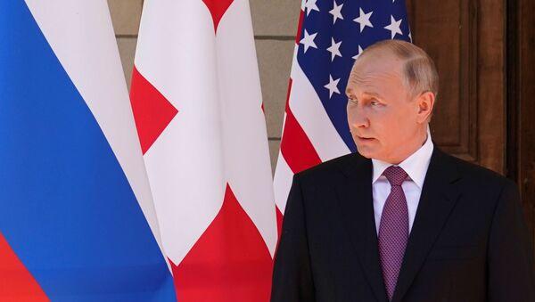 Президент России Владимир Путин в Женеве, 16 июня 2021 года - Sputnik Азербайджан