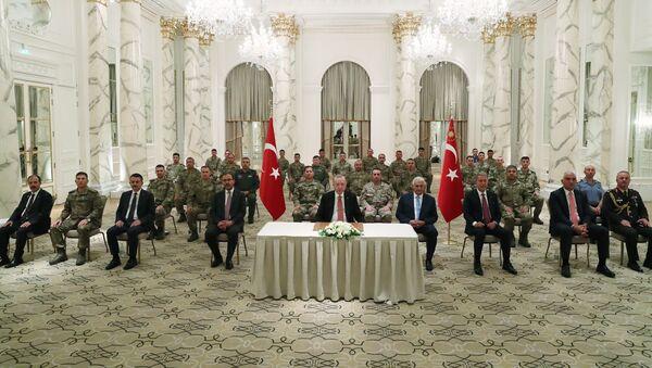 Встреча президента Турции Эрдогана с турецкими военными в Агдаме - Sputnik Азербайджан