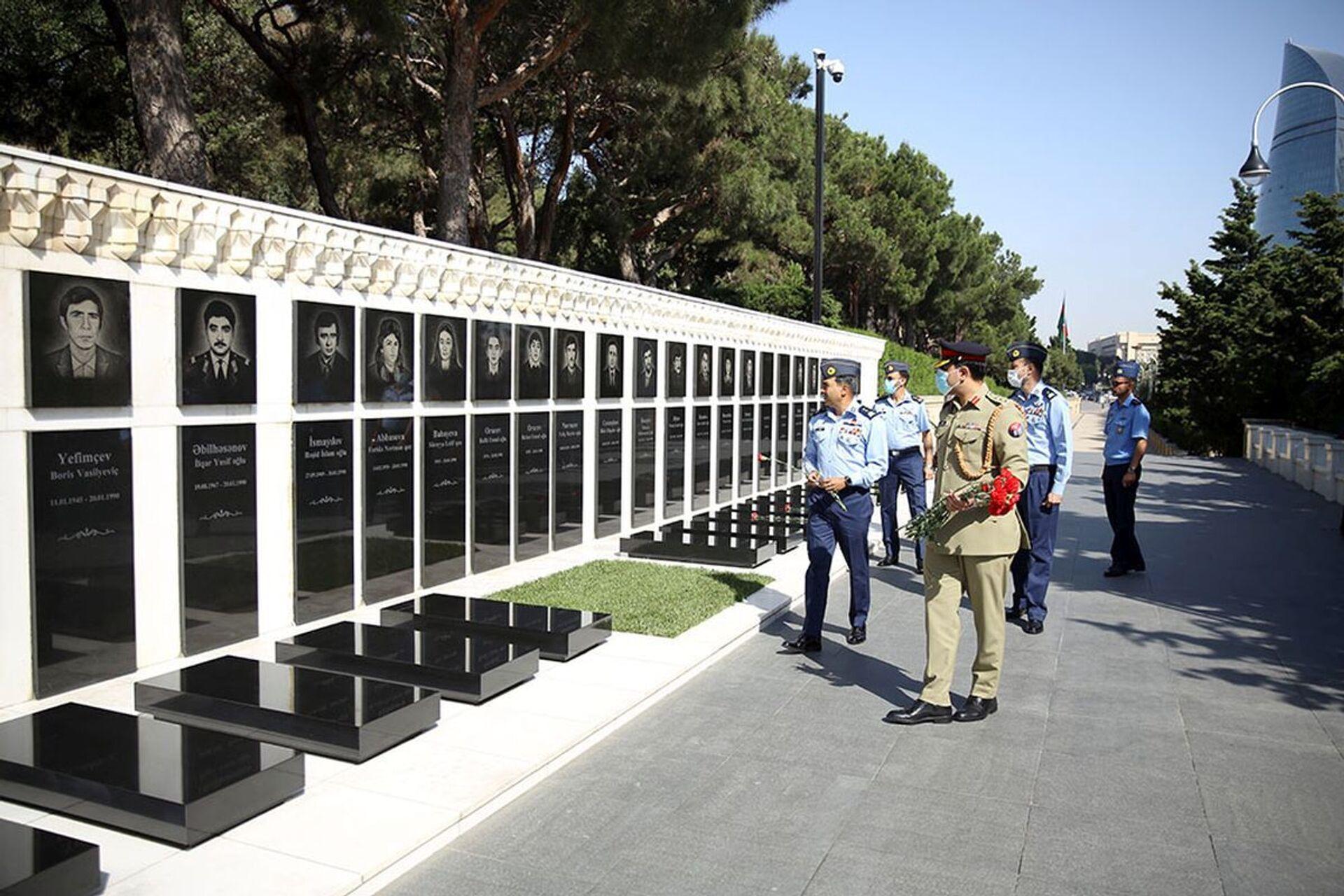 Вице-маршала ВВС Пакистана приняли в Минобороны Азербайджана - Sputnik Азербайджан, 1920, 17.06.2021