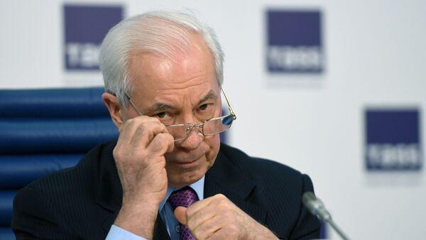 Бывший премьер-министр Украины Николай Азаров - Sputnik Азербайджан