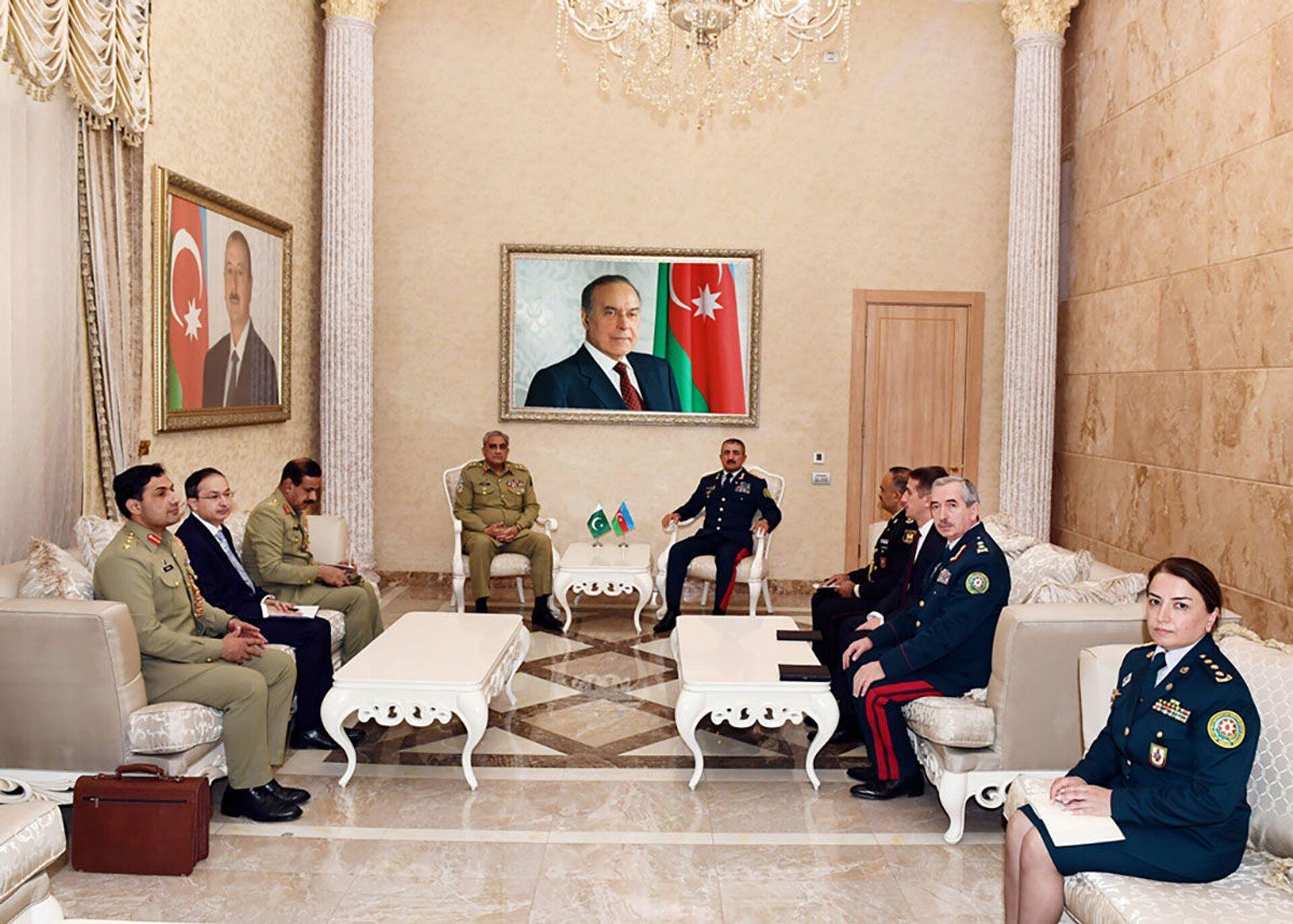 Ordu generalı: Pakistan minaların təmizlənməsində təcrübəsini bölüşməyə hazırdır - Sputnik Azərbaycan, 1920, 22.06.2021