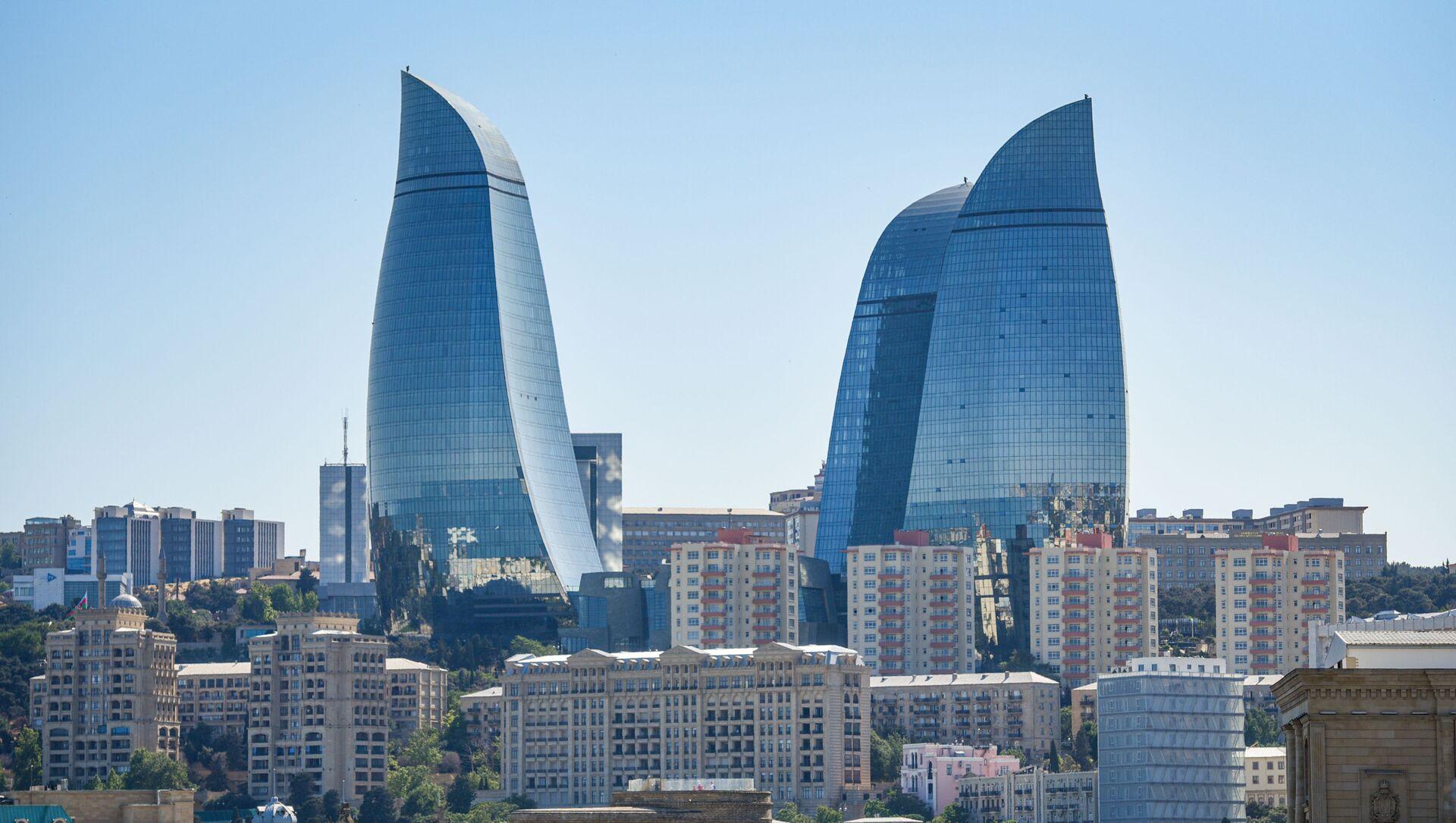 Вид на Flame Towers (Пламенные башни) в Баку, фото из архива - Sputnik Azərbaycan, 1920, 15.09.2021