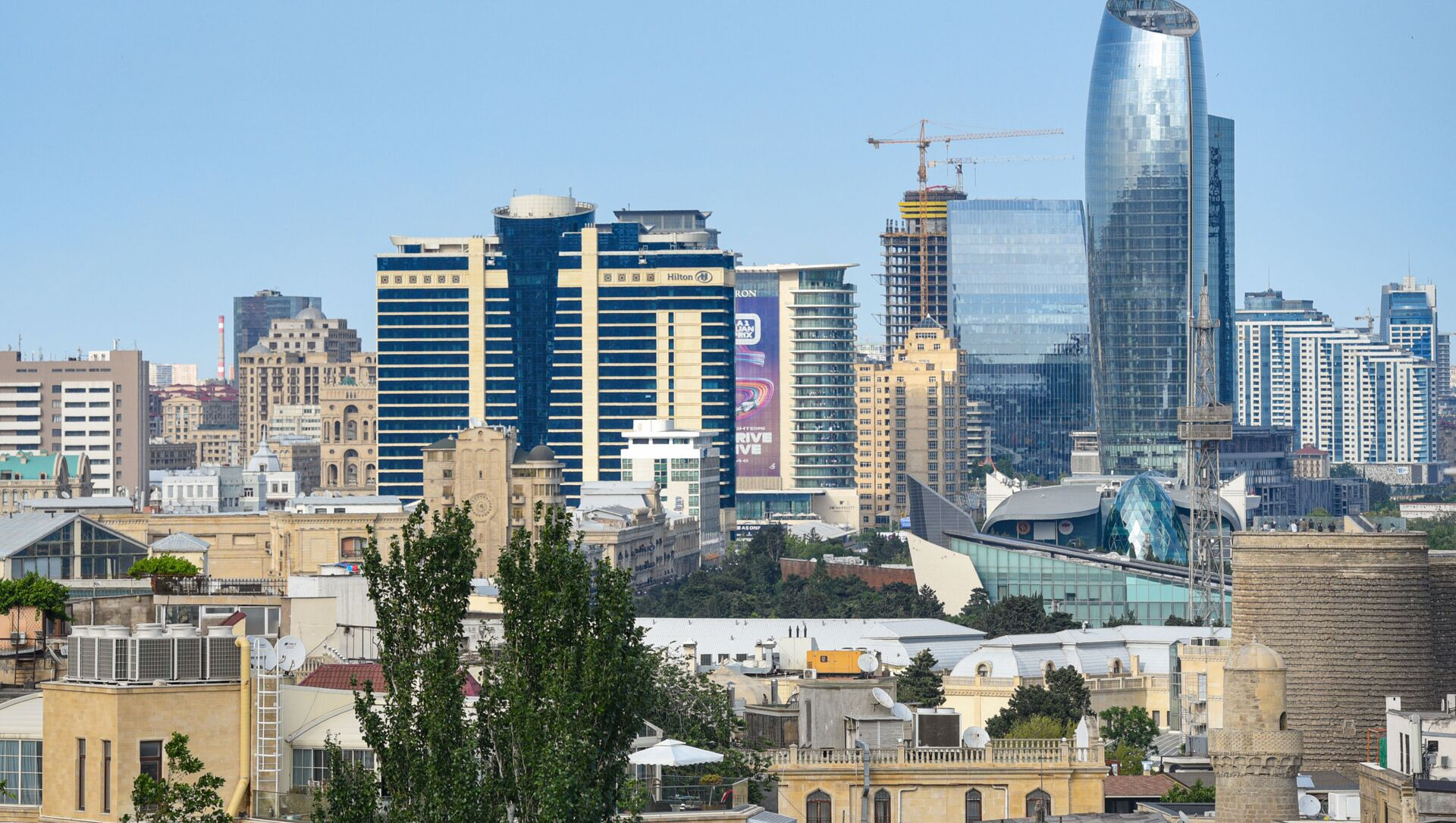 Вид на город Баку, фото из архива - Sputnik Azərbaycan, 1920, 28.08.2021