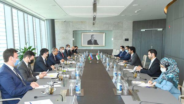 BƏƏ ilə iqtisadi əməkdaşlıq genişlənir - Sputnik Азербайджан
