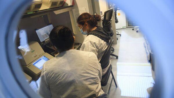 Лаборатория в США, фото из архива - Sputnik Azərbaycan