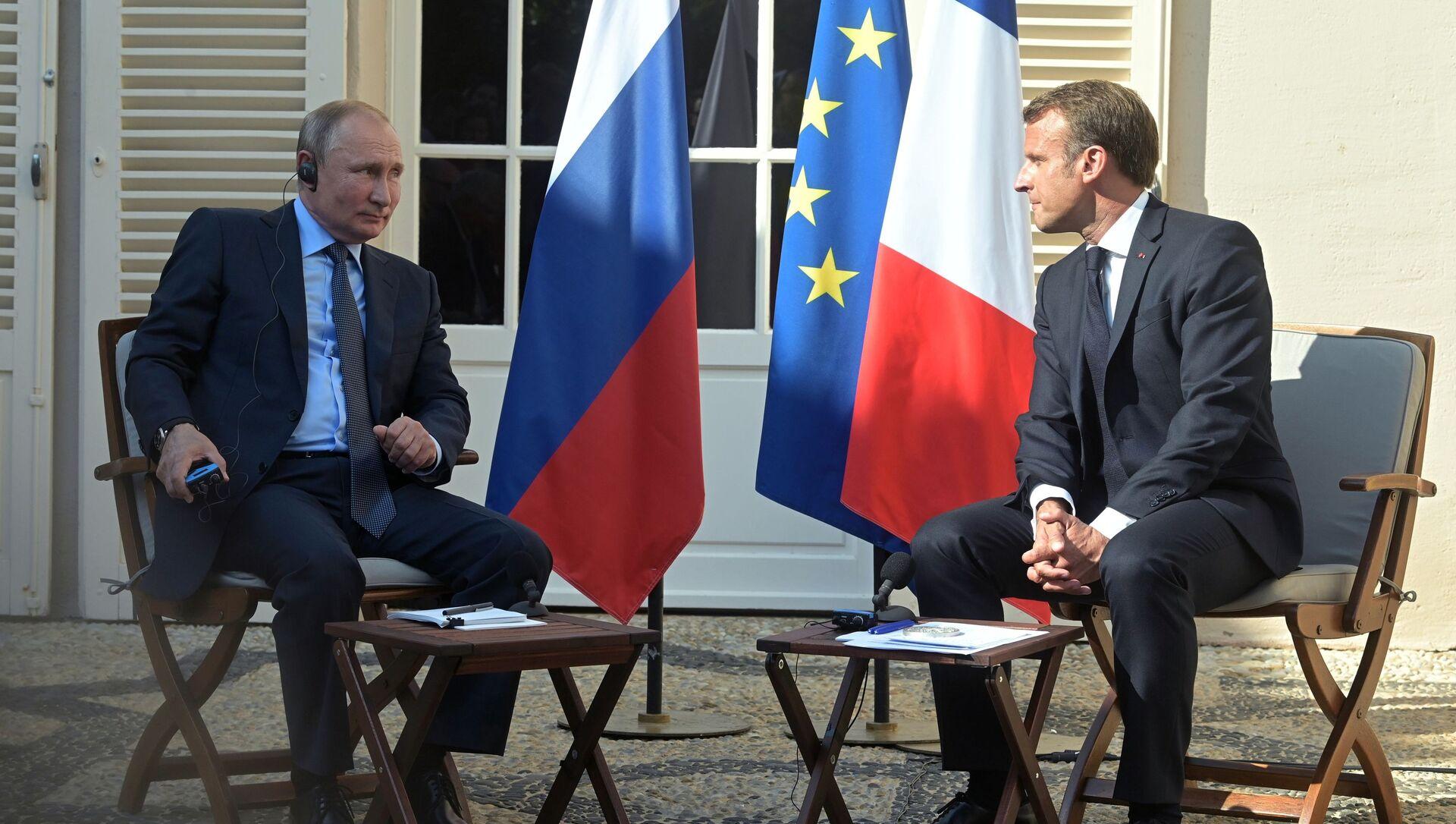 Рабочий визит президента РФ В. Путина во Францию - Sputnik Азербайджан, 1920, 19.08.2021