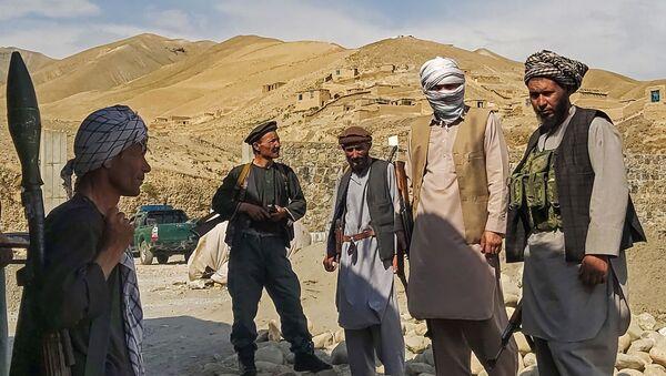 Вооруженные люди в Афганистане - Sputnik Азербайджан