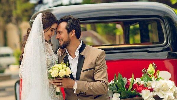 Рустам Джабраилов со своей невестой - Sputnik Азербайджан