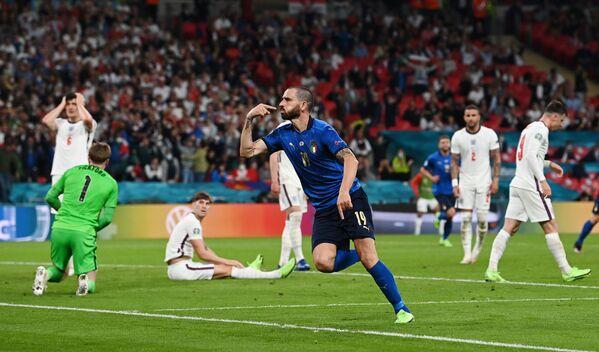 Защитник сборной Италии Леонардо Бонуччи - Sputnik Азербайджан