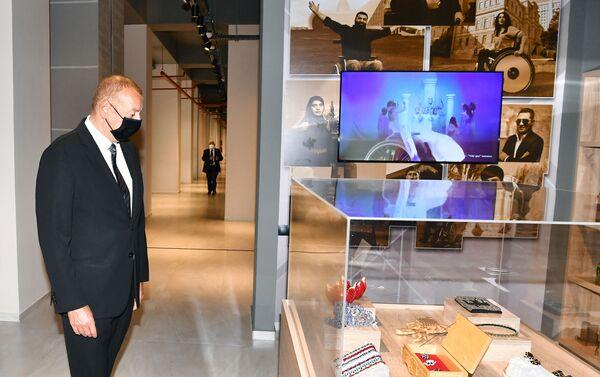 Президент Ильхам Алиев принял участие в открытии центра DOST на Абшероне - Sputnik Азербайджан