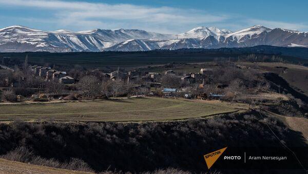 Вид на село Неркин Хндзореск, Зангузур (Сюник) - Sputnik Азербайджан