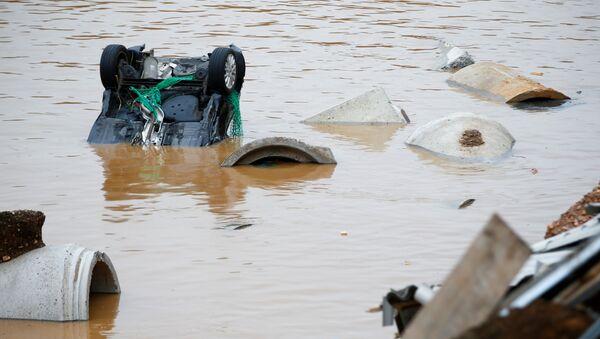 Последствия вызванного сильными дождями наводнения в Эрфтштадте, Германия - Sputnik Азербайджан