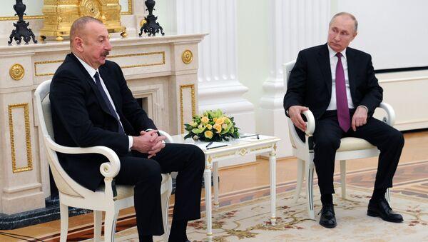 Путин и Алиев проводят переговоры в Москве - Sputnik Azərbaycan