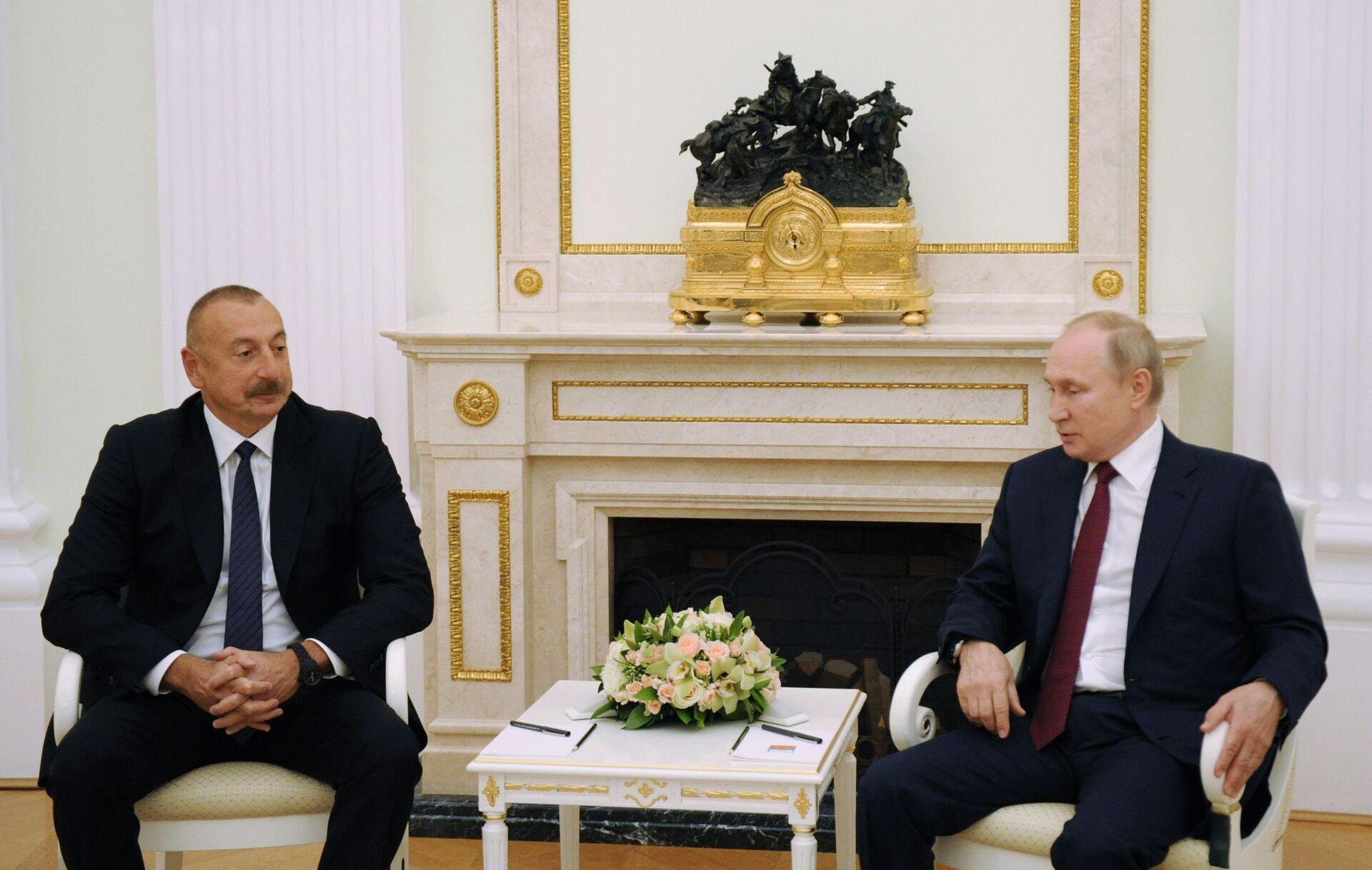Azərbaycan Prezidenti İlham Əliyev və Rusiya Prezidenti Vladimir Putin, 20 iyul 2021-ci il. - Sputnik Азербайджан, 1920, 01.10.2021