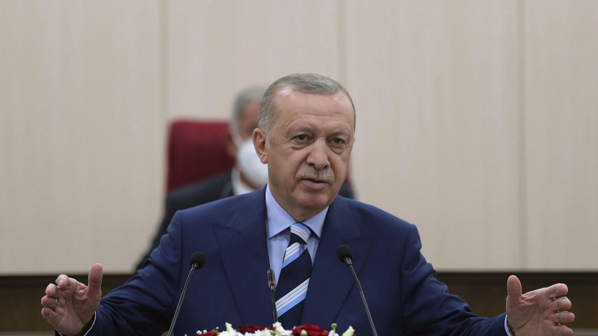 Türkiyə Prezidenti Rəcəb Tayyib Ərdoğan, arxiv şəkli - Sputnik Azərbaycan, 1920, 08.10.2021