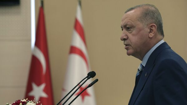 Президент Турции Реджеп Тайип Эрдоган, фото из архива - Sputnik Azərbaycan