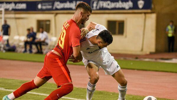 Игровой момент матча Карабах Ашдод - Sputnik Azərbaycan