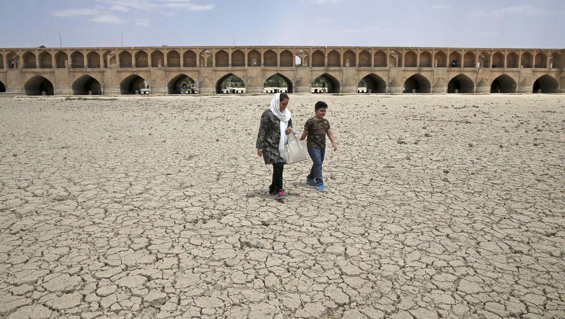 Засуха в Иране - Sputnik Азербайджан, 1920, 23.07.2021