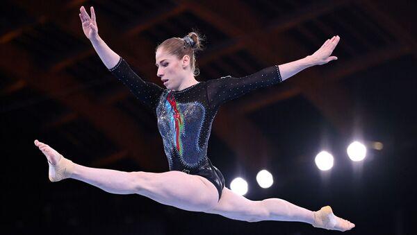 Азербайджанская гимнастка Марина Некрасова - Sputnik Азербайджан