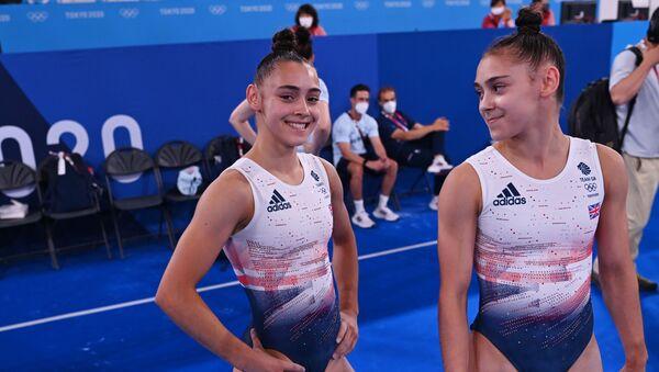Сестры-близнецы Джессика и Дженифер Гадировы - Sputnik Азербайджан