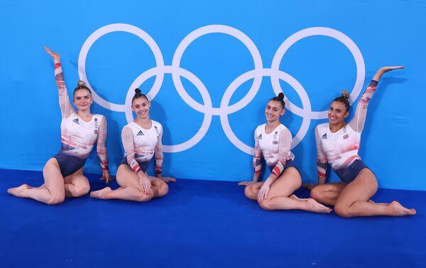 Сборная Великобритании по спортивной гимнастике в командных соревнованиях - Sputnik Азербайджан