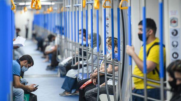 Новые составы Бакинского метрополитена - Sputnik Азербайджан