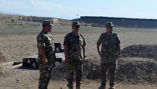 Quru Qoşunları Komandanlığının bir neçə hərbi obyekti istifadəyə verilib - Sputnik Азербайджан