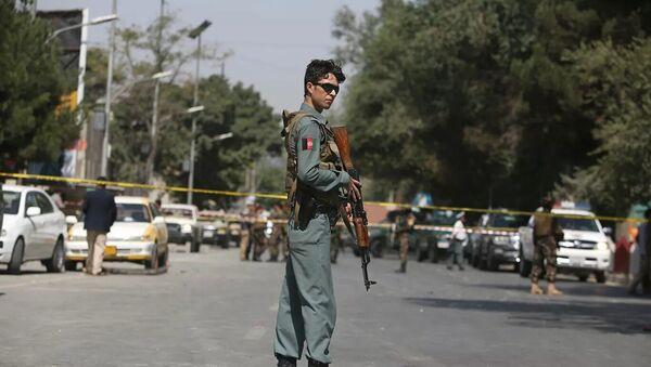 Место взрыва у посольства США в Кабуле, Афганистан - Sputnik Азербайджан