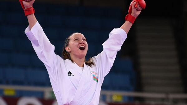 Азербайджанская каратистка Ирина Зарецкая во время выступления на Олимпийских играх в Токио - Sputnik Азербайджан