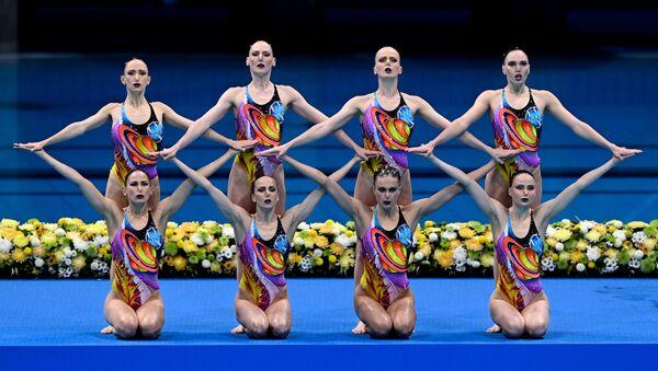 Олимпиада-2020. Синхронной плавание. Группа. Произвольная программа - Sputnik Азербайджан