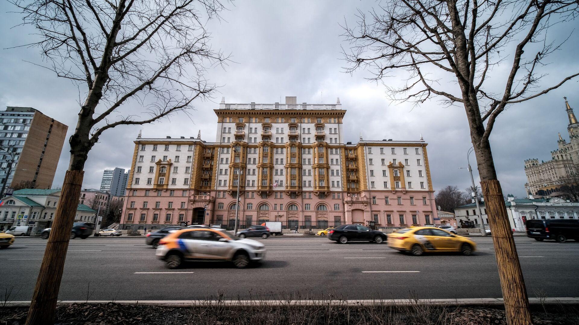 Здание посольства США в Москве, фото из архива - Sputnik Azərbaycan, 1920, 08.10.2021